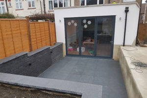 N11 BOUNDS GREEN – New Kitchen and Patio